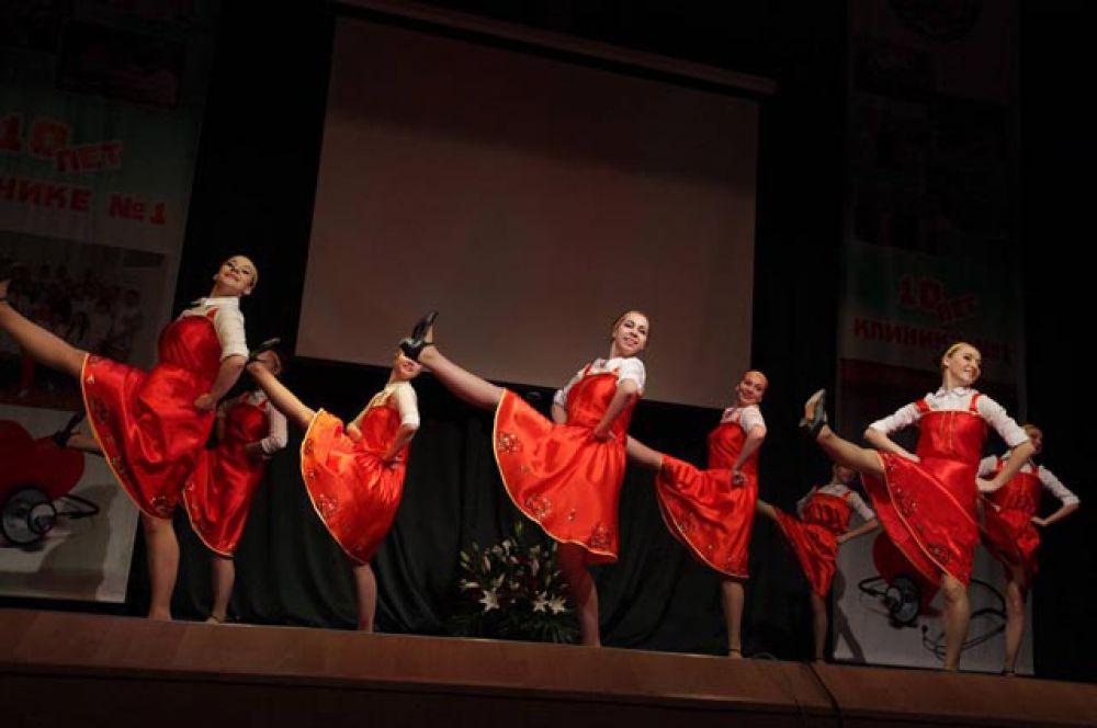 Студенты ВолгГМУ в честь 10-летия университетской клиники № 1 подготовили праздничный концерт