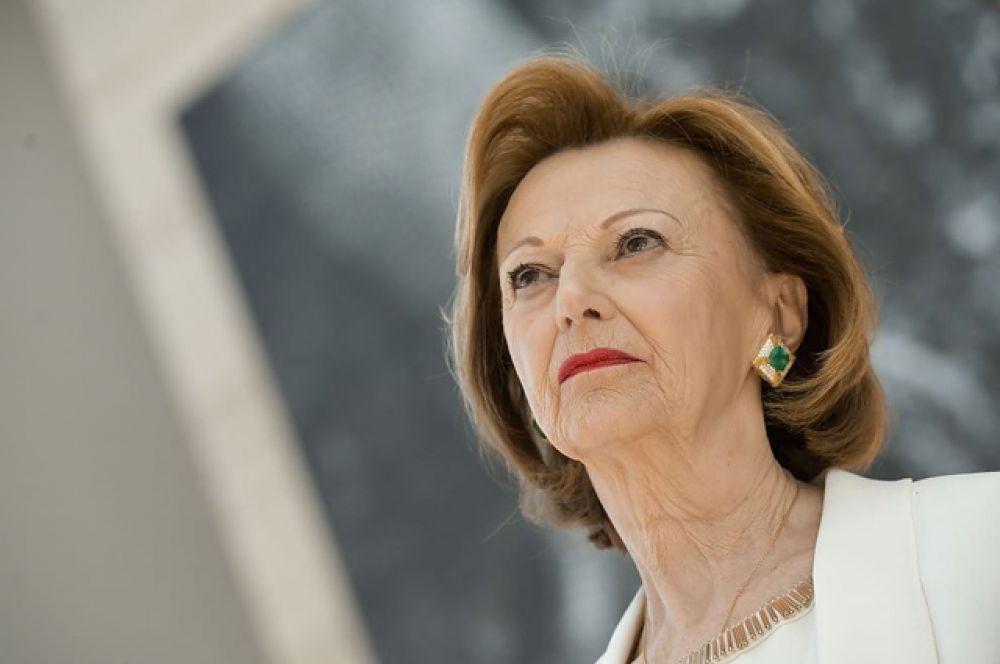 На четвёртом месте вдова основателя компании Ferrero Мария Франка Фиссоло. Её состояние оценивается в $22,1 миллиарда.