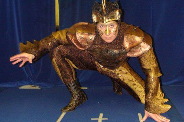 Чтобы выступать в цирке, необходима спортивная подготовка, которой может похвастаться далеко не каждый.