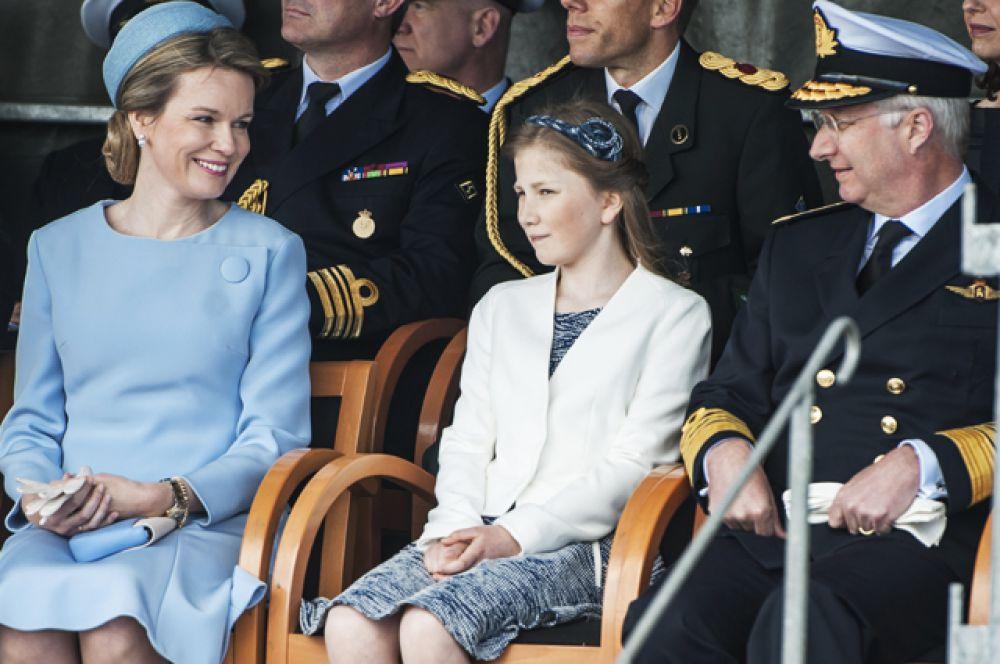 Елизавета Тереза Мария Елена Бельгийская, герцогиня Брабантская (родилась 25 октября 2001) — наследная принцесса Бельгии, старшая дочь короля Бельгии Филиппа и его жены королевы Матильды, внучка Альберта II. Первая в очереди наследования трона Бельгии.