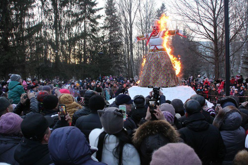 Масленица-2010 - этника возвращается.