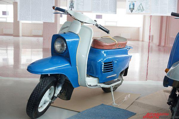 Выставка ретро-мотоциклов «Дедушкины колёса» впервые открылась в Перми в субботу, 5 марта.