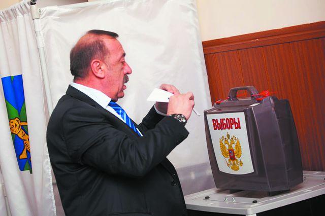 Михаил Пилипенко выбирает нового мэра.