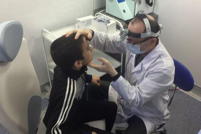 В мобильной поликлинике работают специалисты высокого класса.