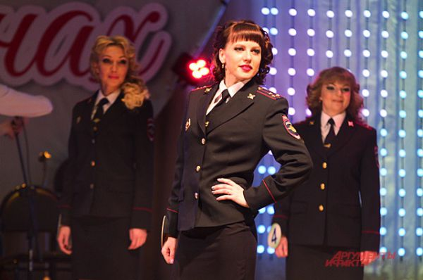 Многие из участниц конкурса признались, что хотят стать генералами.
