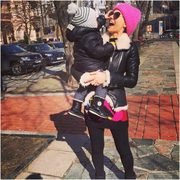 Маша Ефросинина принимала поздравления от сына Александра