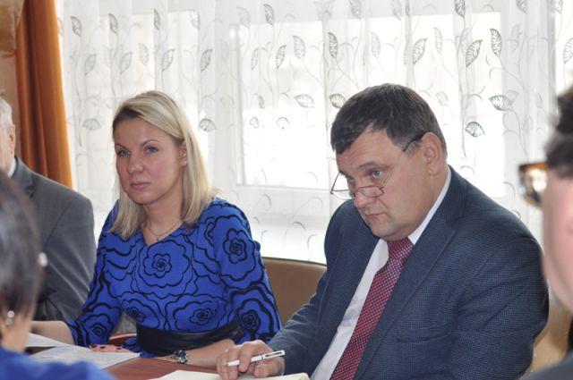 Андрей Марков, проректор по стратегической деятельности и международному сотрудничеству АлтГТУ и Ирина Колупанова, директор Регионального центра международного сотрудничества вузов Западной Сибири.