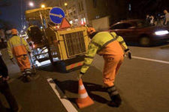 В Калининграде автомобилисты самостоятельно нанесли разметку на дорогу, не дождавшись, пока это сделают специальные службы.