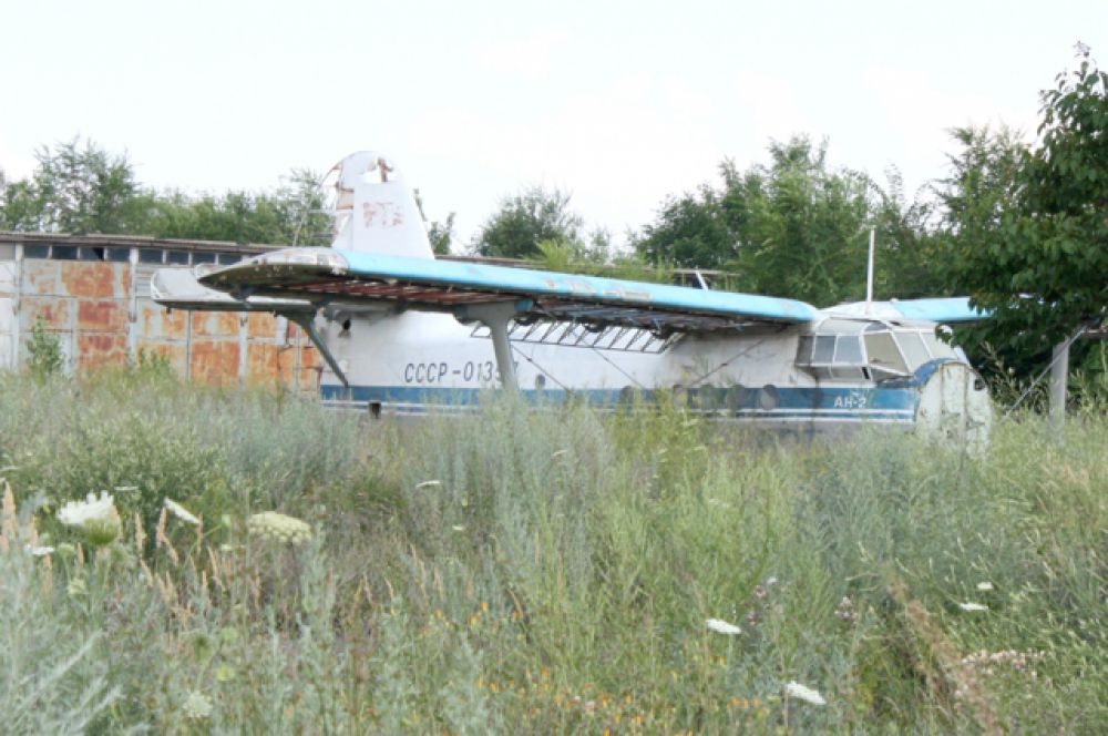 Когда-то аэропорт был способен принимать самолеты «Ту-134», «Як-42» и все более лёгкие, а также вертолёты всех типов.