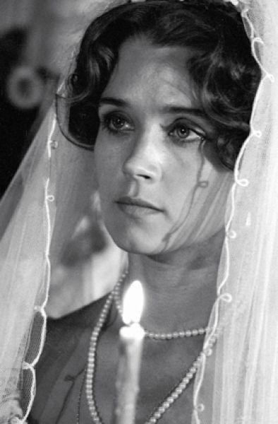 Актриса Ирина Алферова в роли Елизаветы Скавронской в фильме «Багратион», 1985 год.