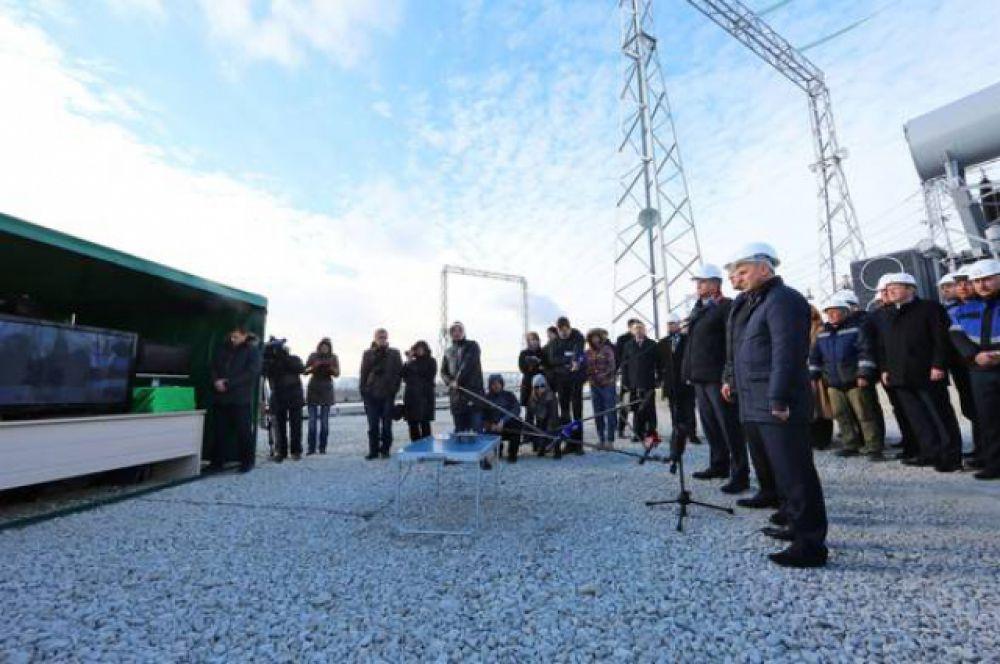 В Крыму трансляция велась с территории новой подстанции «Кафа».