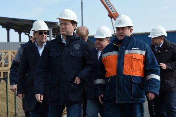Неделю назад глава Минэнерго РФ посетил стройплощадку в Краснодарском крае, где возводят подстанцию 500 кВ«Тамань», и провел инспекцию объектов энергомоста на территории Крыма.