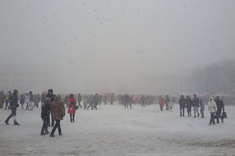 Даже сильнейшие снегопады не заставили кировчан остаться дома.