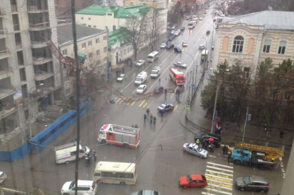 Чрезвычайное происшествие случилось 14 марта 2016 года в Ростове-на-Дону.