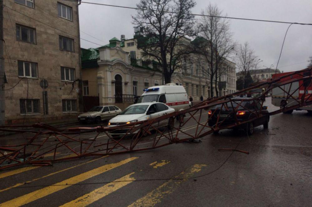 Инцидент произошел на пересечении улиц 19-я линия и Закруткина.