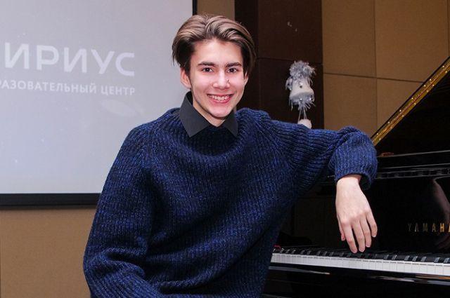 Юный пианист из Калининграда представит РФ на чемпионате исполнительских видов искусств в Голливуде.