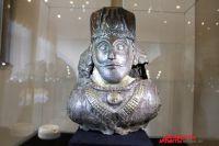 Изюминка коллекции - бюст сасанидского царя.