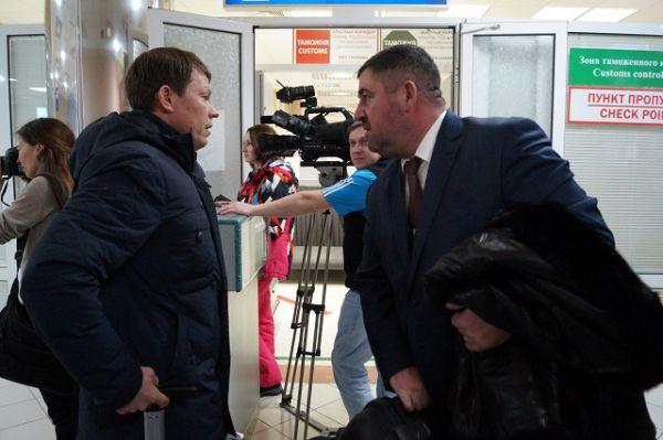 Первого вице-президента Международного союза биатлонистов (IBU) Виктора Майгурова лично встречал глава