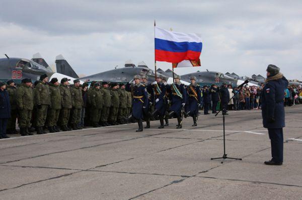 Прибытие экипажей ВКС России с авиабазы Хмеймим на авиабазу Западного военного округа в Воронежской области.