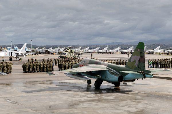 Подготовка экипажей ВКС России к вылету на Родину с авиабазы Хмеймим.