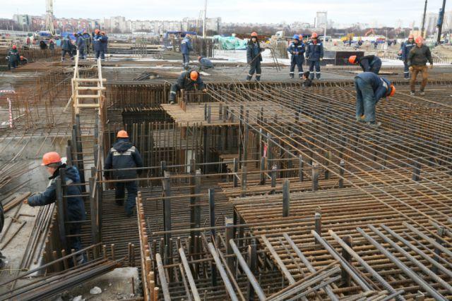 В Калининграде начали монтаж каркаса стадиона к ЧМ-2018.