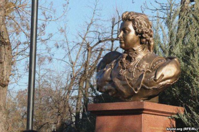 Памятник Потемкину в Симферополе