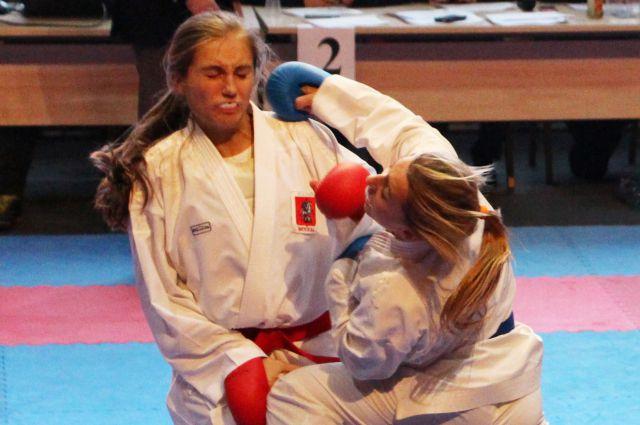 Кристина Козеренко выкладывается на тренировках и побеждает на соревнованиях.