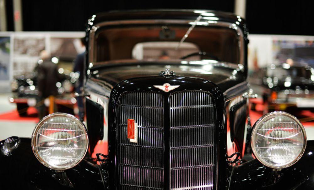 В литературе 1930-х и 40-х годов автомобиль, как правило, назывался просто «М-1» или «М1», без какого-либо упоминания названия завода-изготовителя в обозначении. Оно расшифровывалось как «Молотовский-первый», в честь главы правительства СССР — Вячеслава Молотова, имя которого в те годы носил Горьковский автозавод.