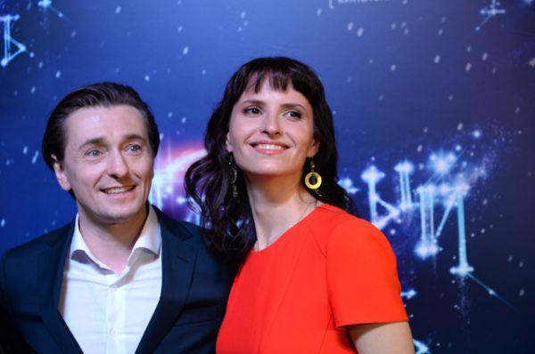 Актер Сергей Безруков и режиссёр Анна Матисон на предпремьерном показе фильма «Млечный путь» в Москве.