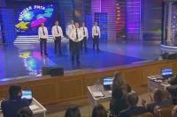 Кадр из телеэфира выступления команды Приказ 390 в высшей лиге КВН