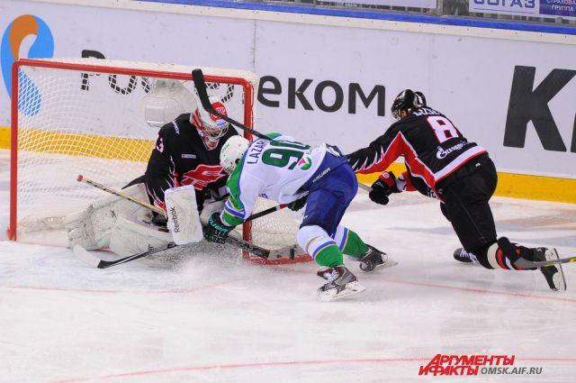 Серия ¼ Кубка Гагарина продолжится в Уфе, но «Авангарду» необходимо выиграть ещё два матча подряд, тогда как его сопернику достаточно лишь одной победы.