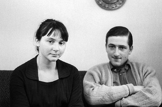 Внуки Сталина, дети Светланы Аллилуевой — Катя и Иосиф.