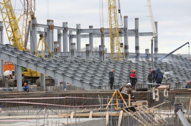 Более 400 строителей на площадке к ЧМ – жители региона.