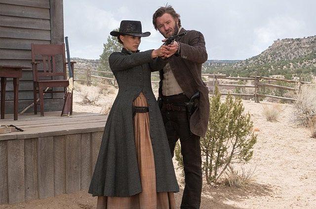 Кадр из фильма «Джейн берёт ружье», 2016 г.