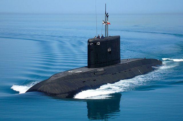 Экипаж подводной лодки - предмет гордости для каждого его члена.