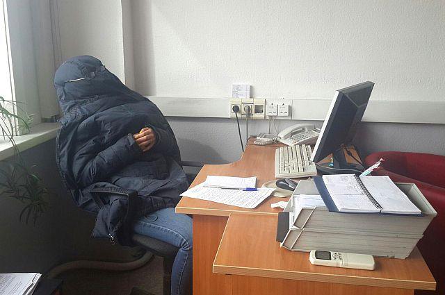 Покуда все мы живем не в Японии, нам придется изобретать способы незаметного рабочего сна.