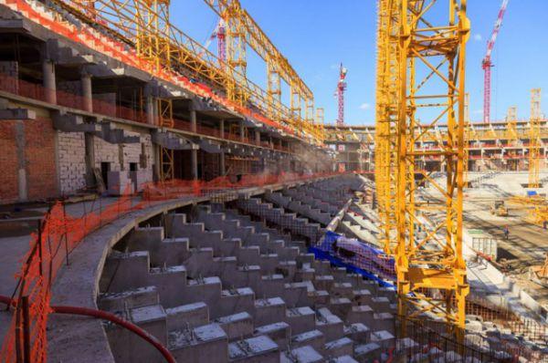 Позади 21 месяц работ. Сегодня строительная готовность стадиона на 45 тысяч мест составляет 43%.