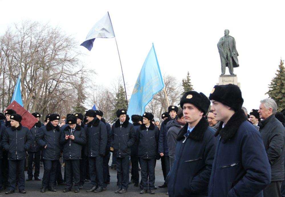 Место встречи – площадь Ленина