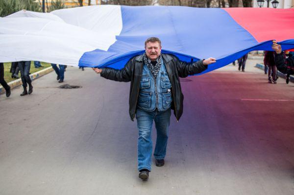 6 марта формулировка вопроса, выносившегося на референдум, была изменена. На голосование был вынесен вопрос о присоединении Крыма к России.