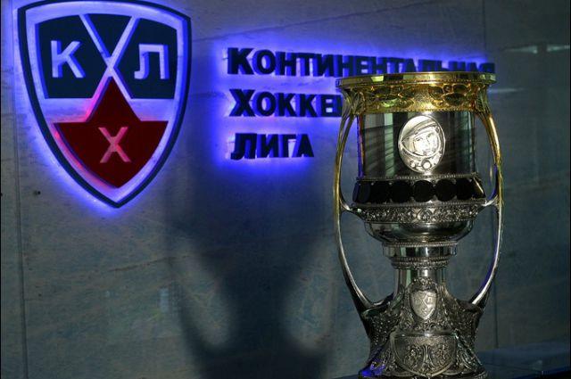 В сезоне 2015/16 Континентальной хоккейной лиги играли 28 команд из России, Белоруссии, Казахстана, Латвии, Финляндии, Хорватии и Словакии.