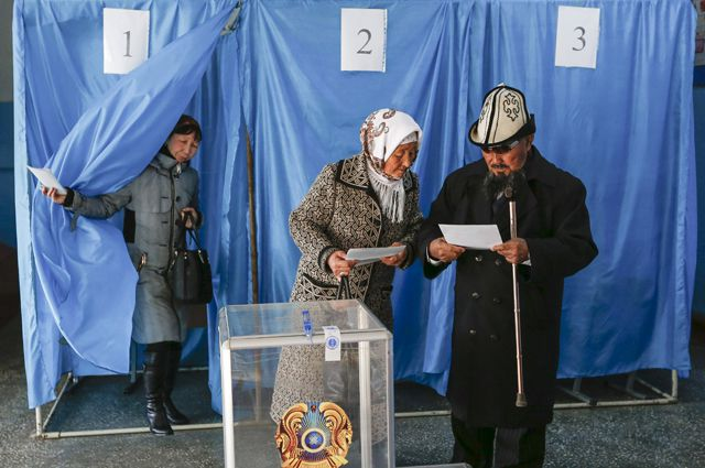 Явка избирателей была рекордной - более 77,1%.