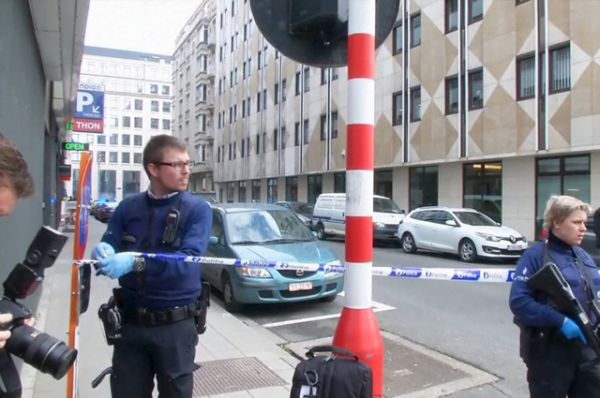 Около 10:30 по московскому времени взрывы прогремели на двух станциях метро.