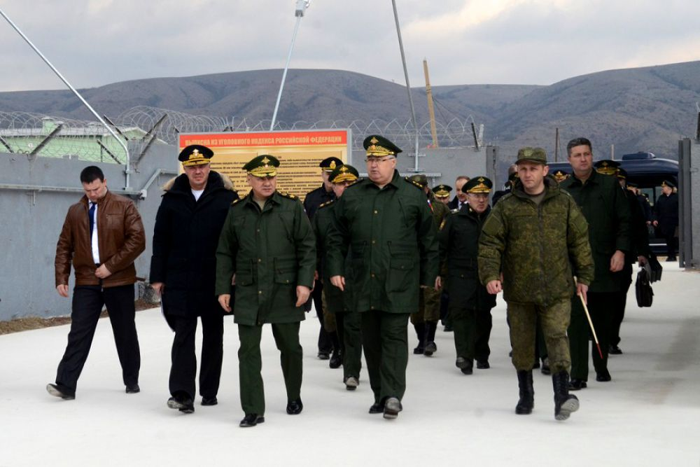 Сергей Шойгу посетил 126-ю отдельную бригаду береговой обороны Черноморского флота