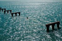 Последствия столкновения турецкого сухогруза с опорой временного моста в Керченском проливе.