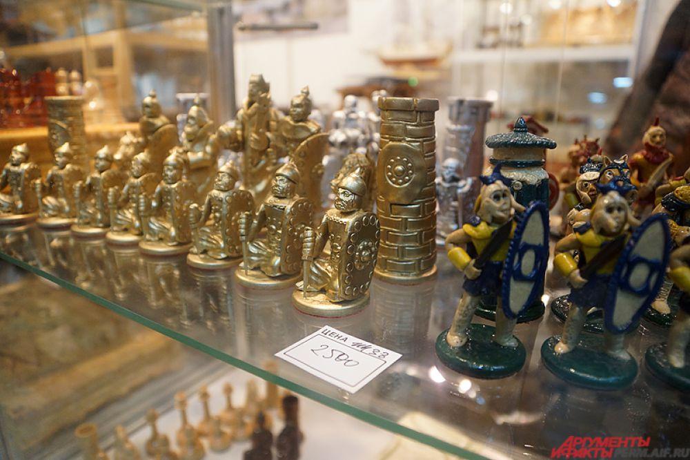 Сувенирная продукция пользуется большой популярностью у горожан.