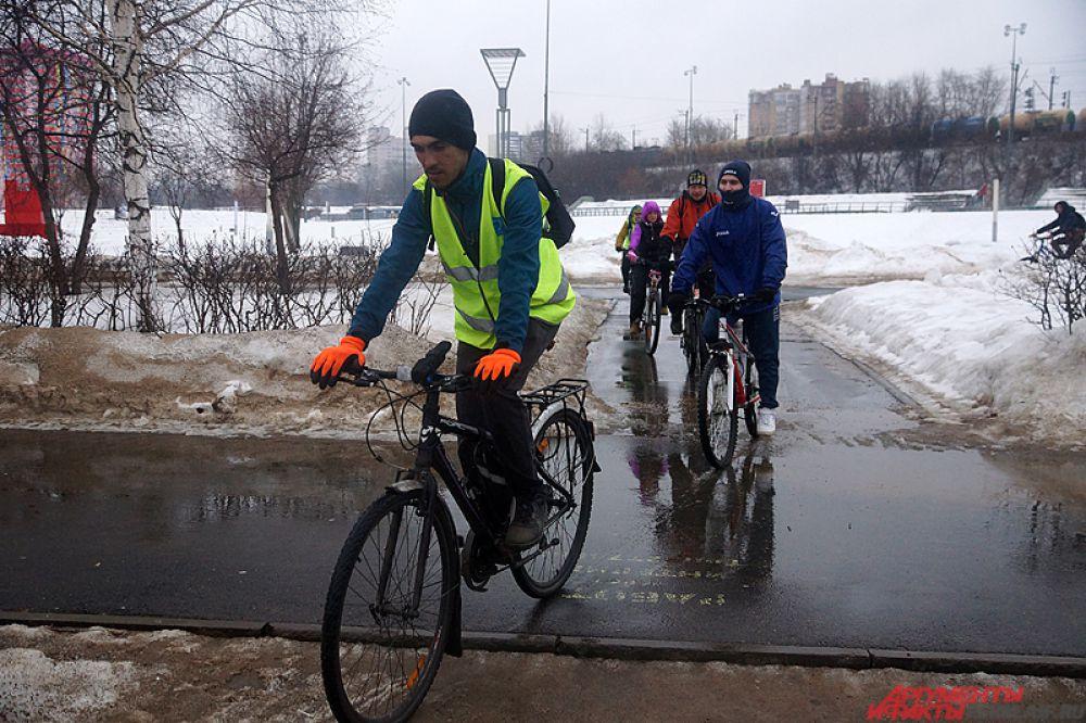 Пермяки проехались по велодорожкам до ЦУМа и обратно.