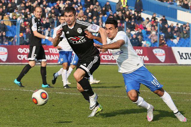 «Балтика» на домашнем поле проиграла «Торпедо» Валерия Карпина.