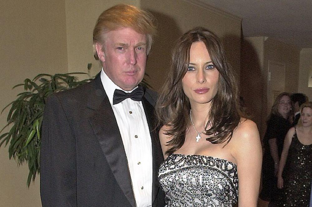 Свадебная церемония Меланьи КНавс и Дональда Трампа широко освещалась медийными агентствами и часто упоминается свадебное платье Кнавс стоимостью 200 000 долларов от брэнда Кристиана Диора.