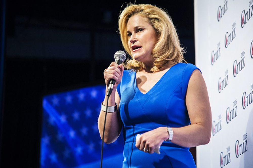 Жена Теда Круза Хайди, кандидата от Республиканской партии, впервые попала в Белый дом в 2000 году – она занималась предвыборной кампанией Джорджа Буша-младшего.