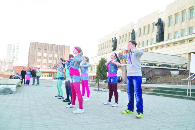 В мероприятие примут участие омские спортсмены.
